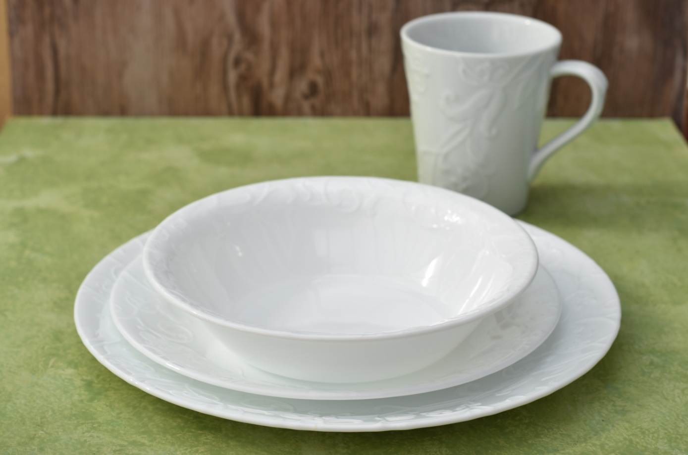 three piece kitchen sets murphy table corelle embossed™ bella faenza 16-pc dinnerware set ~i ...