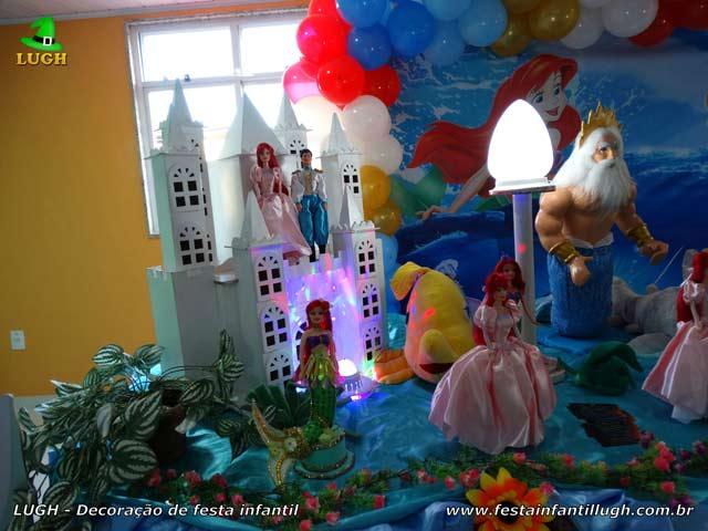 Mesa de festa de aniversário Pequena Sereia - Decoração infantil