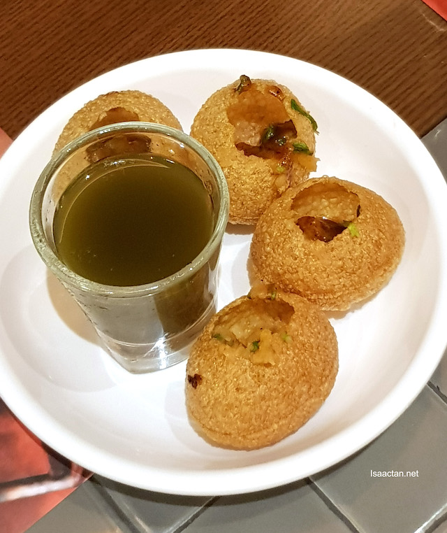 Pani Puri - a bomb in your mouth