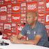 """Anderson Batatais critica arbitragem: """"O lance capital do jogo foi do árbitro"""""""