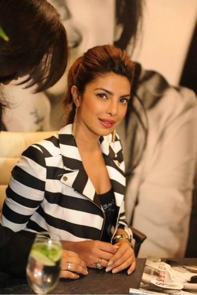 Top 10 Most Beautiful Bollywood Actresses 2015 Priyanka Chopra