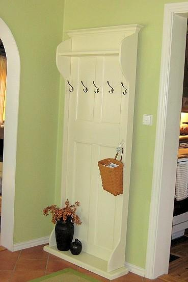 18 Creative and Cool Ways to Reuse Old Doors.