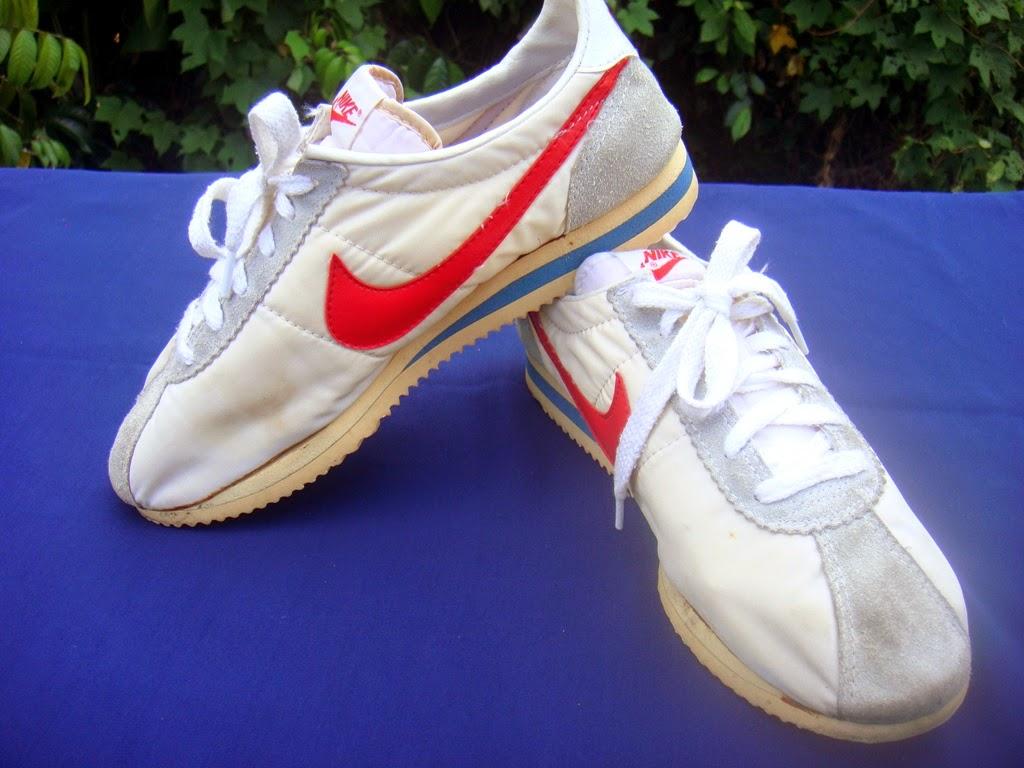 buy popular c38b3 9e66c YouNG BLoOd bUndLE: Vtg Nike Senorita Cortez Shoes
