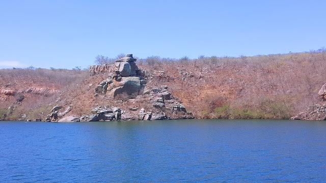 Pedra do Japonês, rio São Francisco, Sergipe.