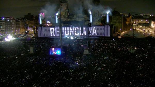 Roger Waters reitera en concierto su llamado: ¡EPN renuncia!