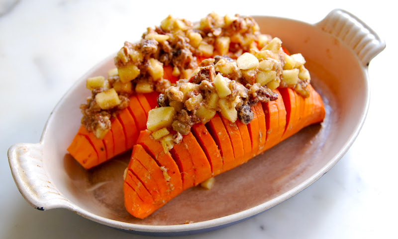 My Recession Kitchen...and garden: Hasselback Sweet Potatoes