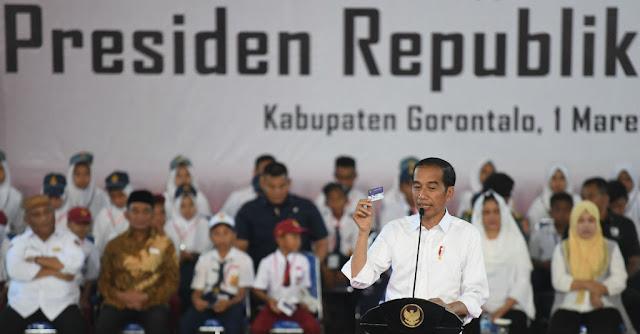 Banyak Kartu Sakti Buktikan Jokowi Tipe Pemimpin Tong Kosong