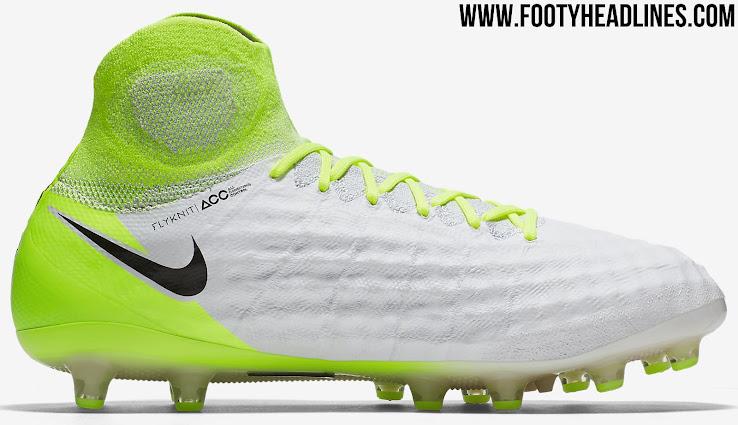 Nike Youth Magista Onda II Indoor Soccer Shoes [Orange] (2Y)