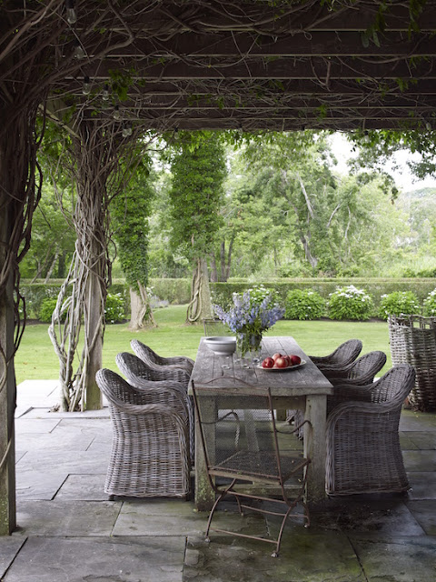 Inspiring image of a beautiful home in the Hamptons - found on Hello Lovely Studio