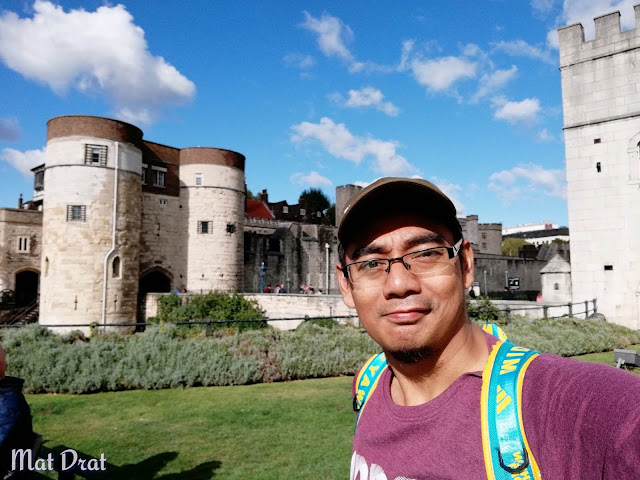 Thames River CruiseTower of london