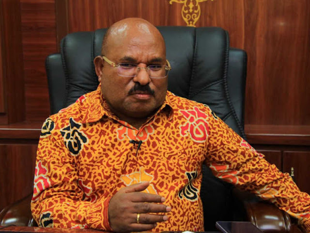 Lukas Enembe Pastikan Papua Tetap Tuan Rumah Peparnas XVI