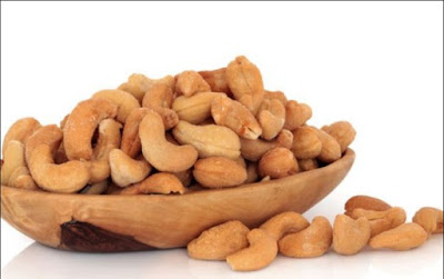 Kacang Almond, Cemilan Sehat Untuk Ibu Hamil Yang Kaya Manfaat
