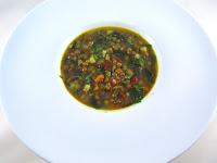 Sopa de lentejas con verduras y especiada