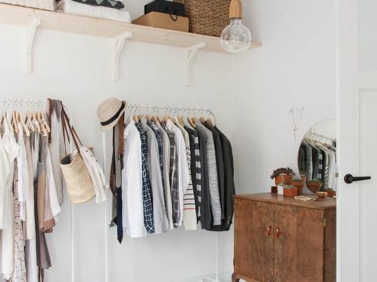 Cómo hacerse un vestidor low cost y trucos para ordenarlo