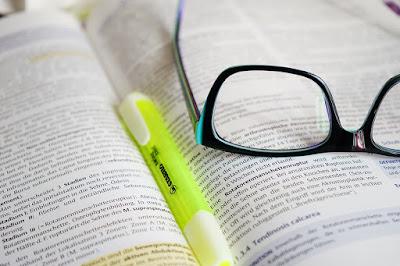 Очки для чтения с интересными функциями