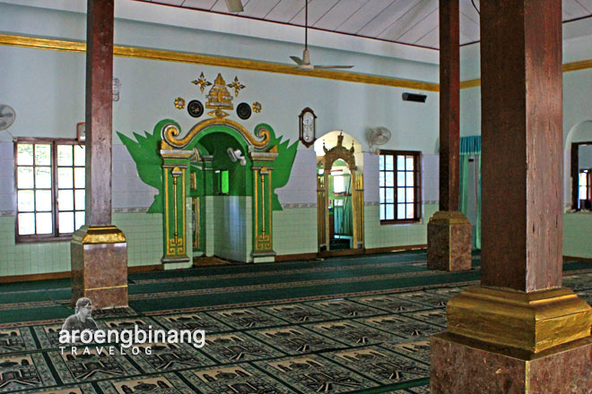 masjid wali jepang kudus