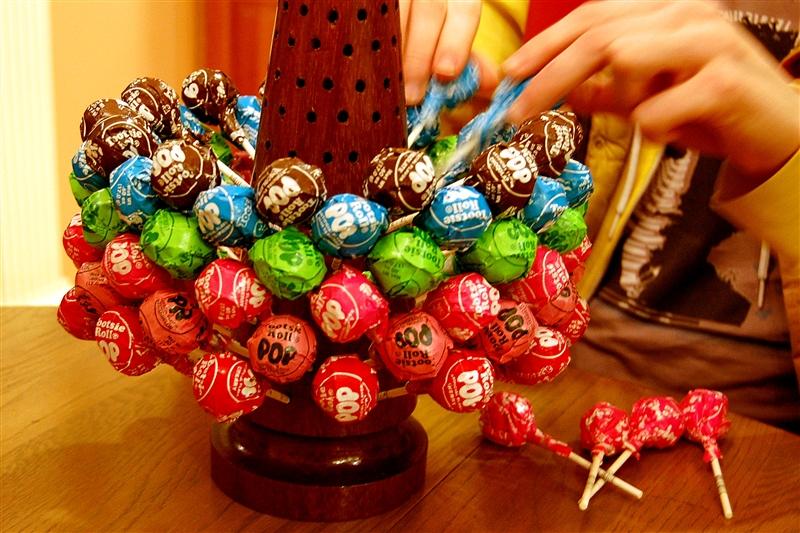 Capadia Designs: Candy At Christmas