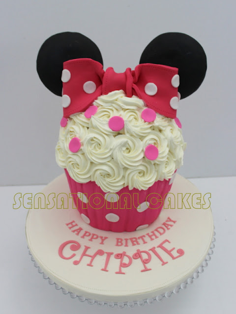 D Minnie Mouse Cake Singapore