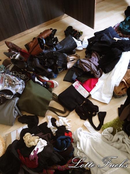 marie kondo kleidung falten aufger umt kinderkleidung und mein erster kontakt mit marie kondo. Black Bedroom Furniture Sets. Home Design Ideas