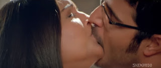 Meghna Naidu Himanshu Malik Hot Smooch In Movie Rain 6