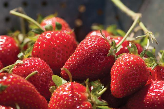 Resepi Aiskrim Strawberry,Khasiat Buah Strawberry Untuk Kesihatan