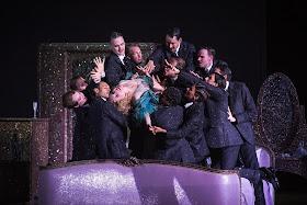 Korngold: Die tote Stadt - Komische Oper, Berlin (Photo Iko Freese/drama-berlin.de)    *