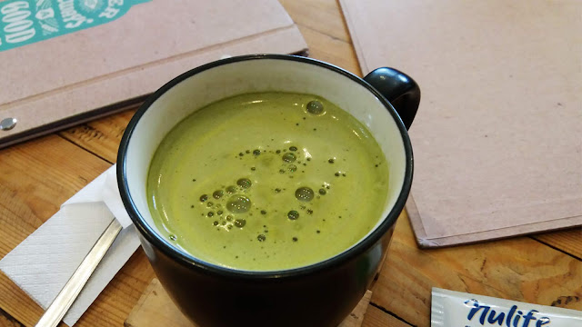 greentea latte akalpa cafe malang