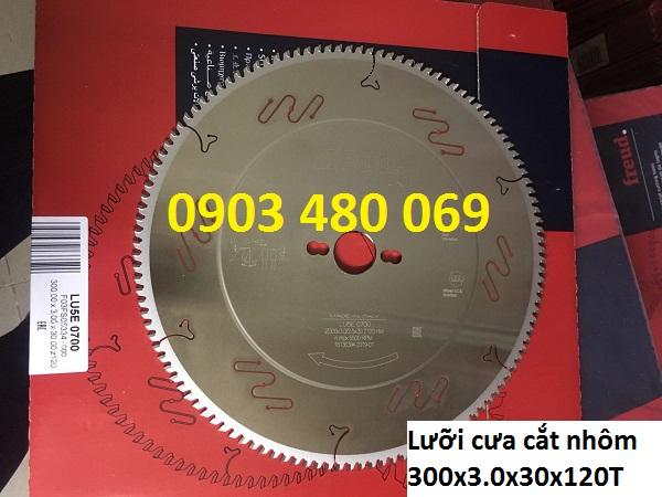 Luoi-cua-cat-nhom-freud-300