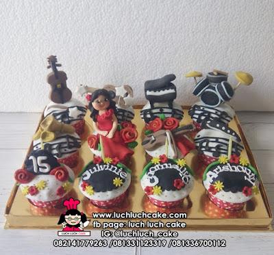 Cupcake Alat Musik