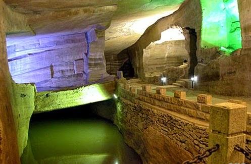 Cuevas de Huashan Mi Ku
