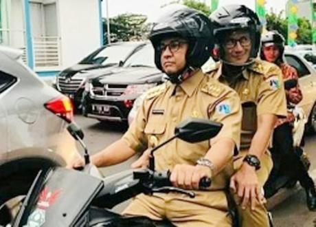 Anies Dituding Pencitraan, Wakil Ketua MPR: Gubernur Itu Kerjanya Bukan Jalan Berdua Naik Motor