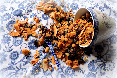 Nutty Honey & Maple Granola