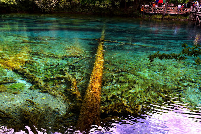 Discover Jiuzhaigou, the Fairyland of Water