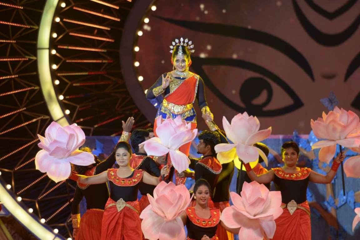 Malayalam actress Kavya Madhavans performance was one of the highlights of IIFA Utsavam
