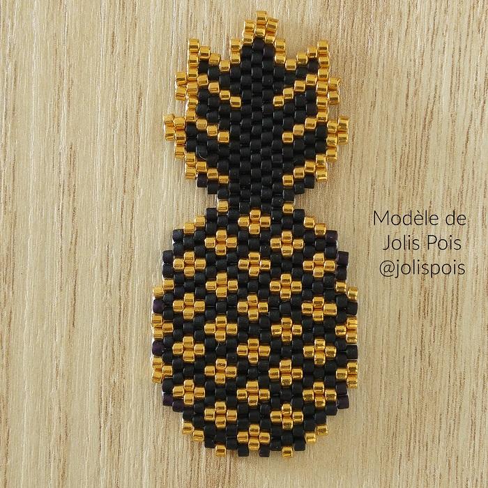 ananas jolis pois, en brickstitch perles miyuki delicas, tissage par hellocestmarine