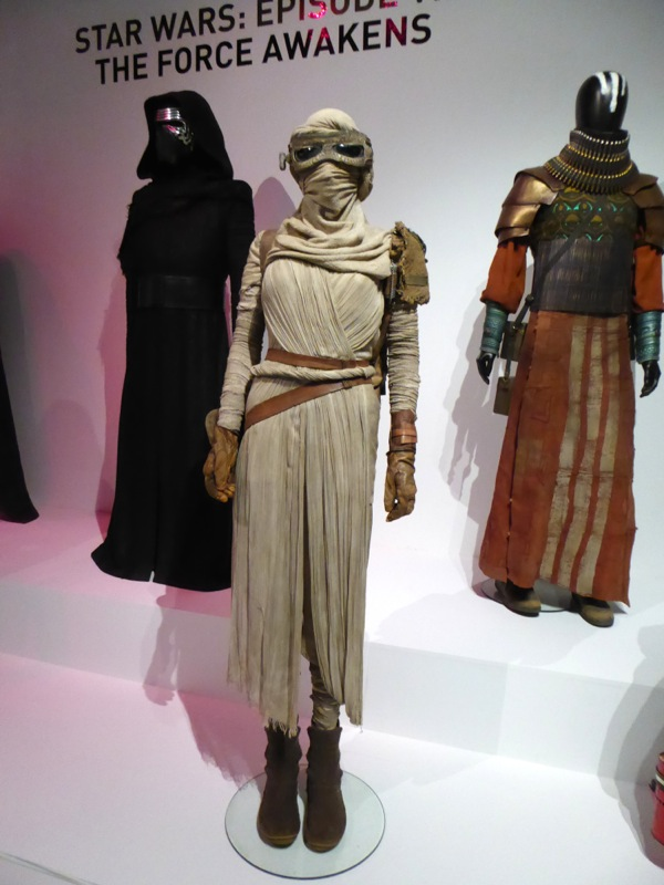 Rey movie costume Star Wars Force Awakens