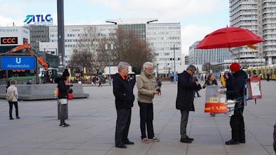 Puesto de perritos en Berlín
