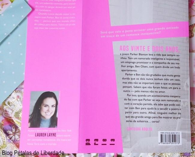 livro, Mais-que-amigos, Lauren-Layne, Paralela, blog-literario, petalas-de-liberdade, quote, capa, sinopse, opiniao