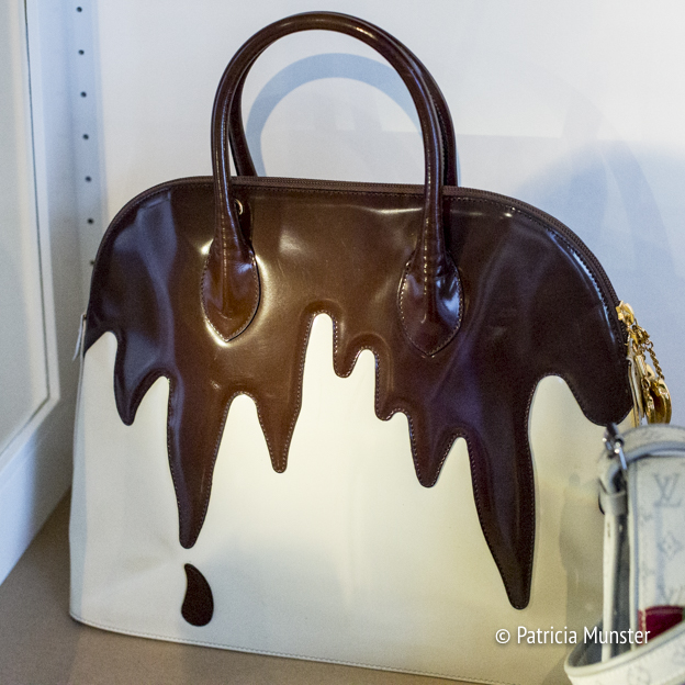 Gateau bag by Moschino