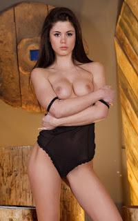 Sexy Pussy - Little%2BCaprice-S01-011.jpg