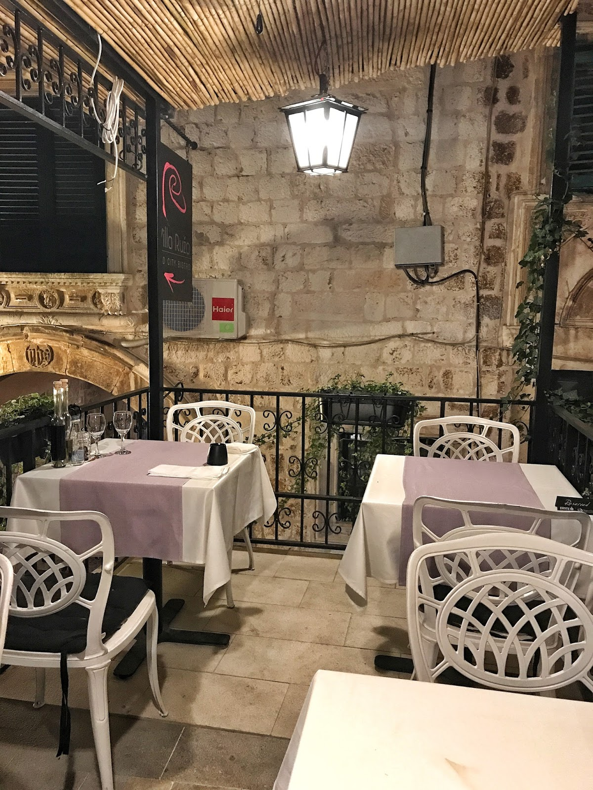 The most romantic restaurant in Dubrovnik - Villa Ruza Restaurant