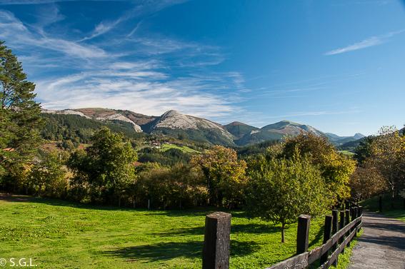 Montes de Galdames y torre Loizaga