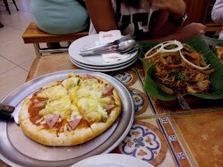 Pizza and pancit