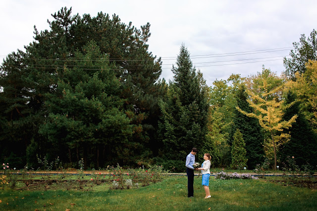 красивые места для фотосессии в Днепре. красивые фото Днепра. свадебные фото Днепра. Свадебный фотограф Днепр. Ботанический сад ДНУ.
