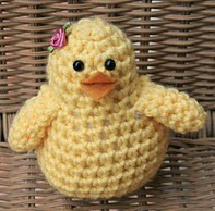 http://www.ravelry.com/patterns/library/easter-chick-8