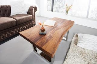Dizajnový jedálenský stôl z masívu Reaction.