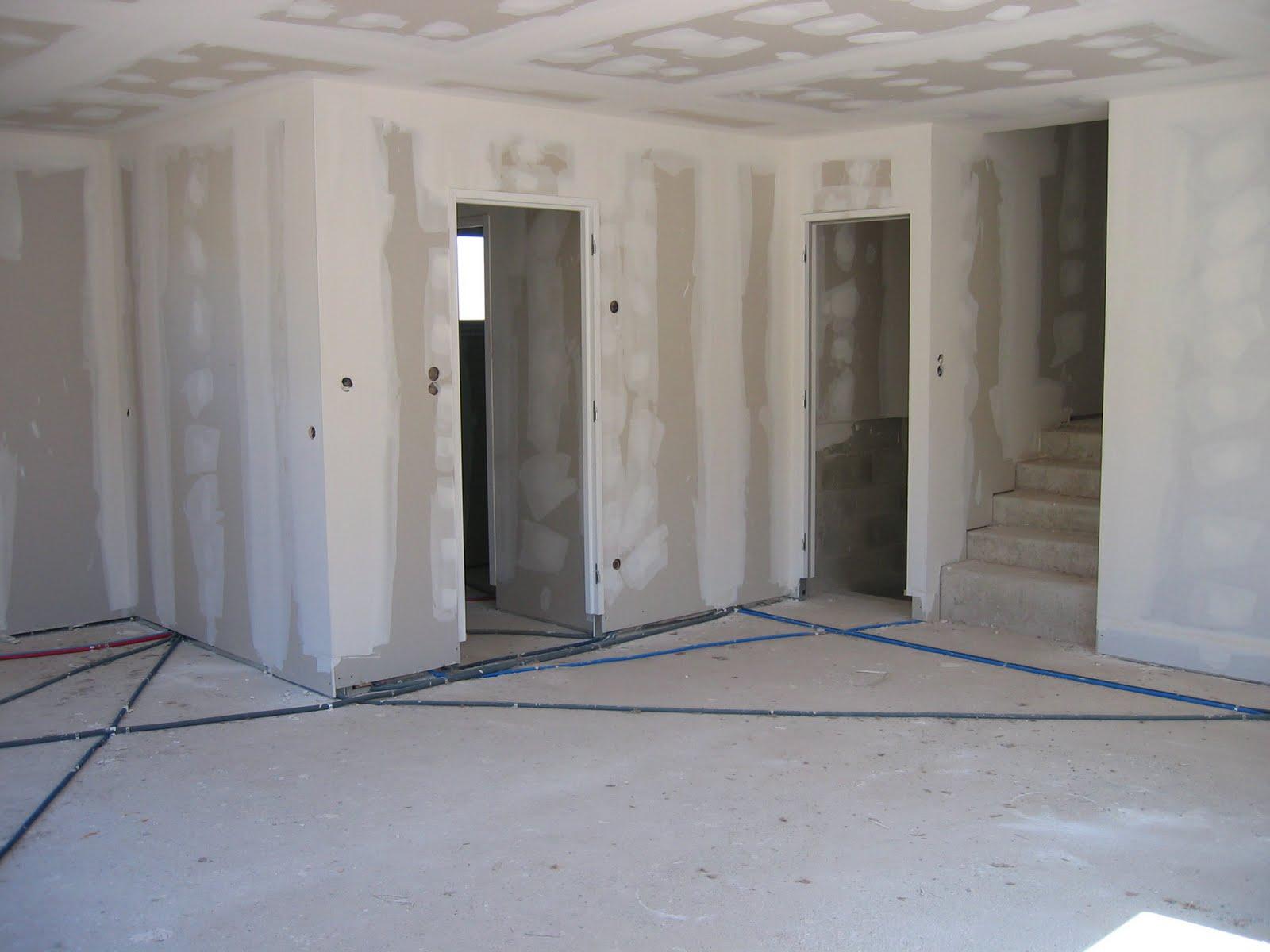 notre maison en construction creissels fin du second oeuvre. Black Bedroom Furniture Sets. Home Design Ideas