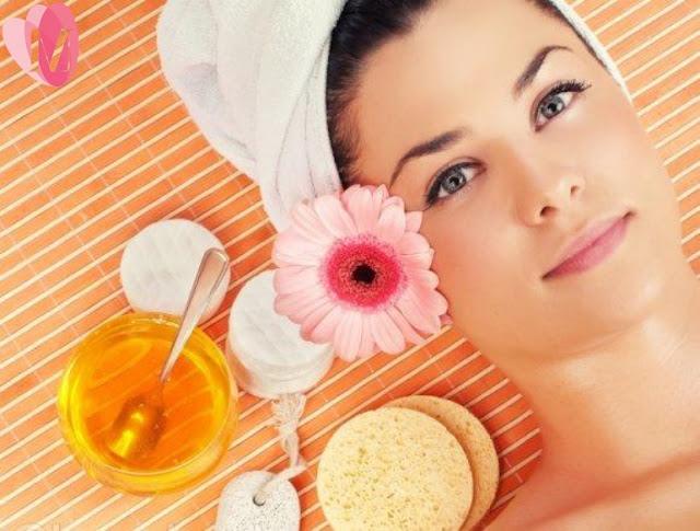 cách trị sẹo mụn lâu năm bằng mật ong và chanh