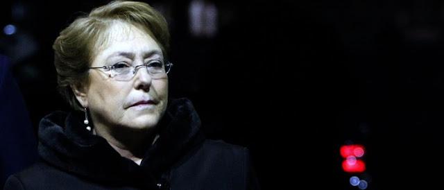 Colegio de Periodistas valora retiro de querella de Bachelet a Revista Qué Pasa