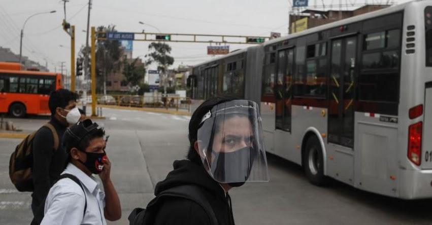 MTC: Choferes de servicio terrestre deberán usar mascarilla y protector faciales